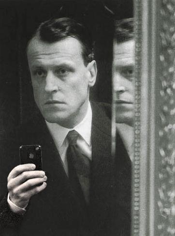 (bewerking van) W.F. Hermans Selfie